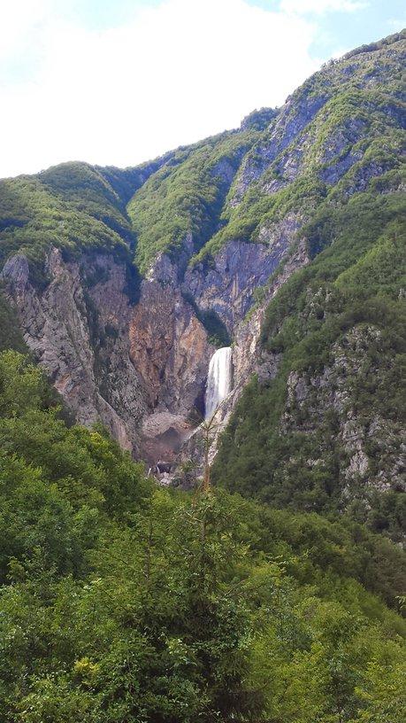 Boka waterfall from the main road. Source: Ivana Bole