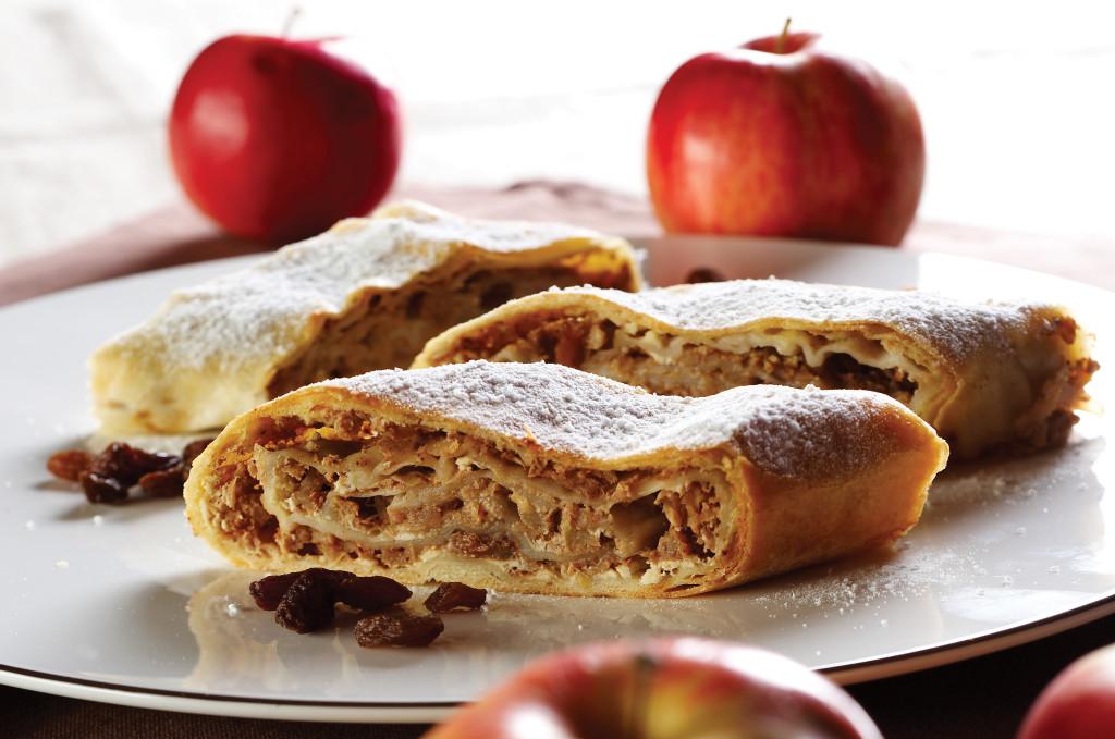 Jabolčni zavitek. Source: Shutterstock
