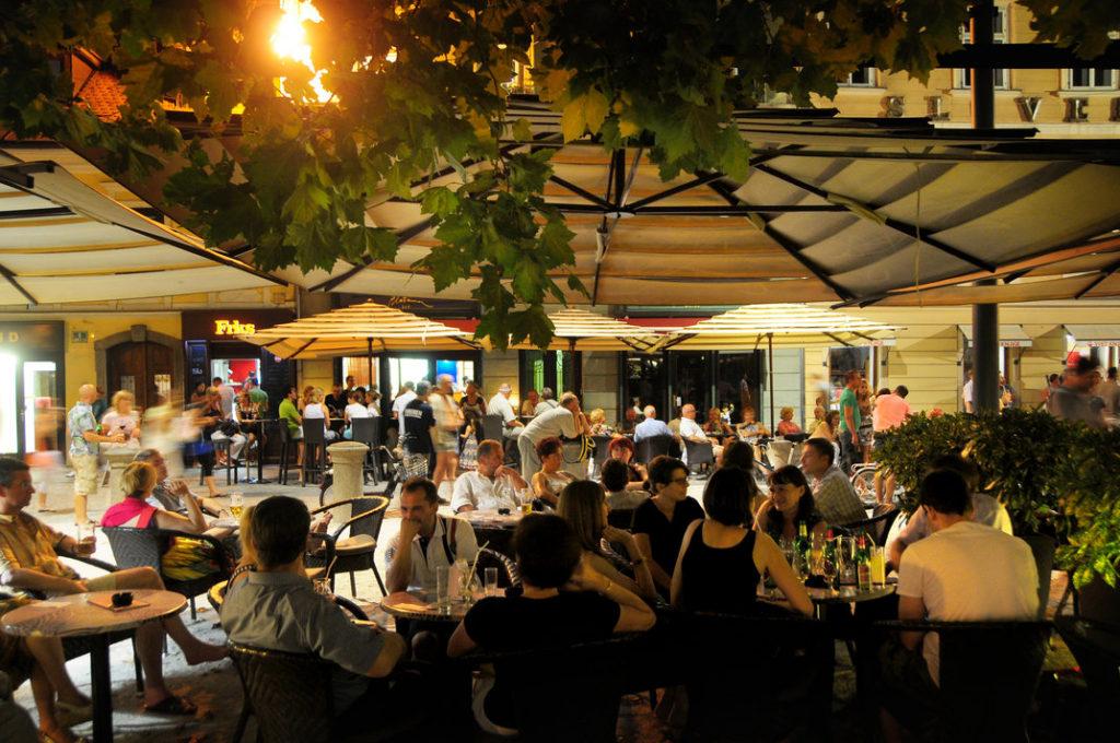 Ljubljana cafe scene. Author: D. Wedam. Source: Turizem Ljubljana