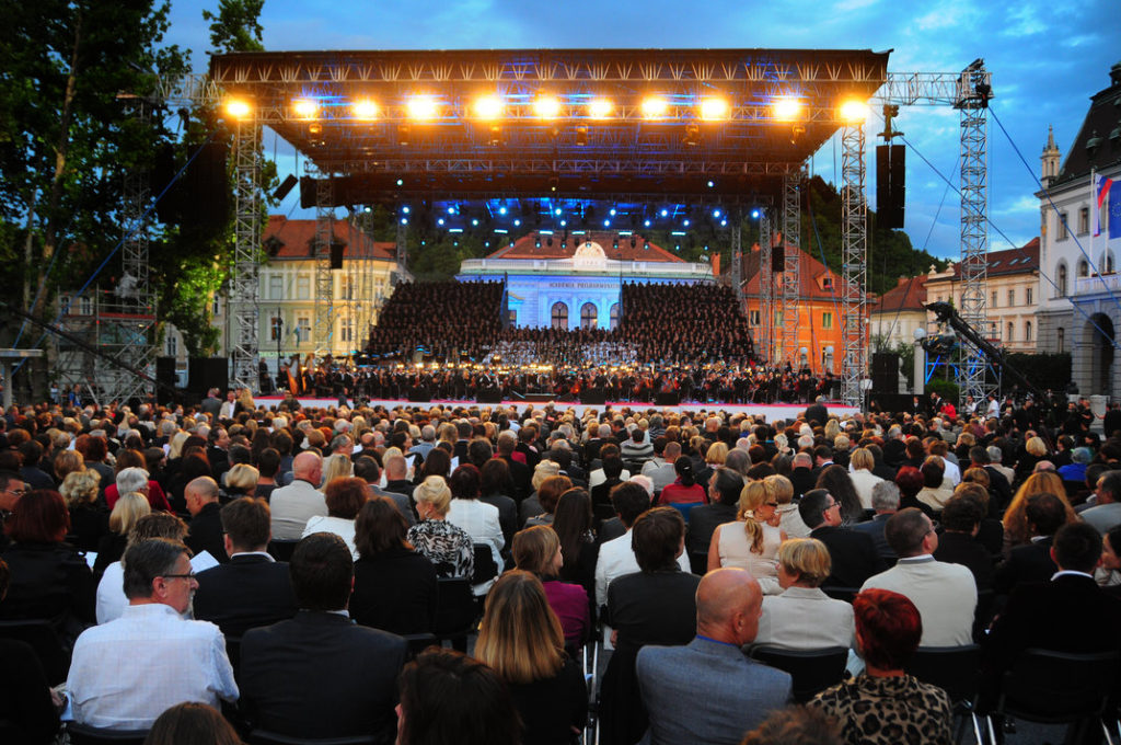Concert at Congress Square in Ljubljana. Author: Dunja Wedam. Source: Turizem Ljubljana